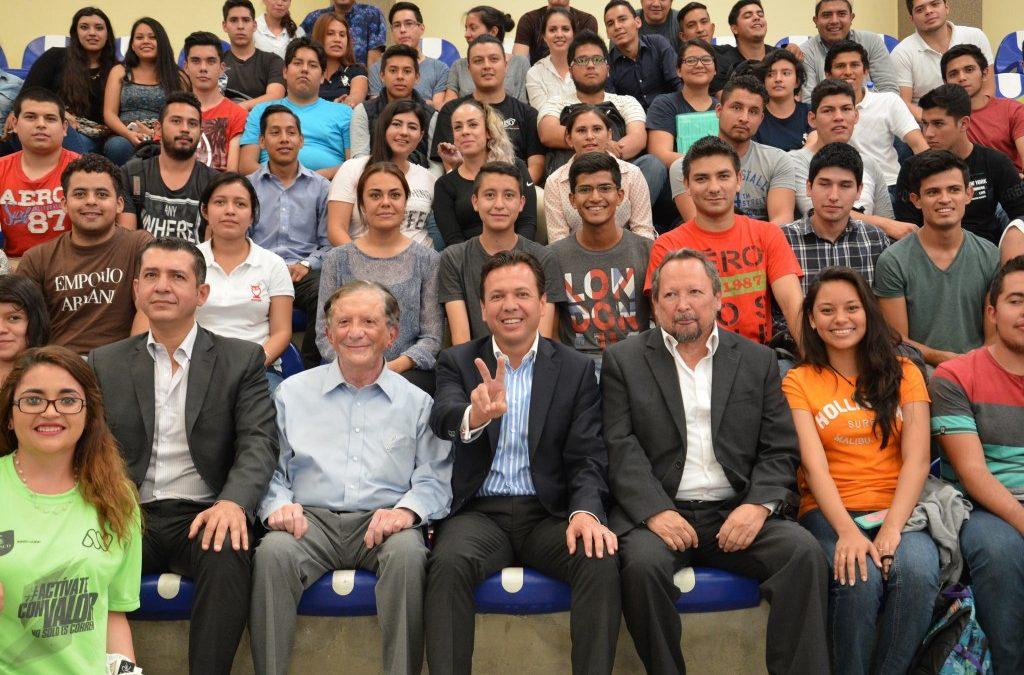 Visita Pablo Lemus a estudiantes del ITS de Zapopan y los invita a luchar contra la desigualdad