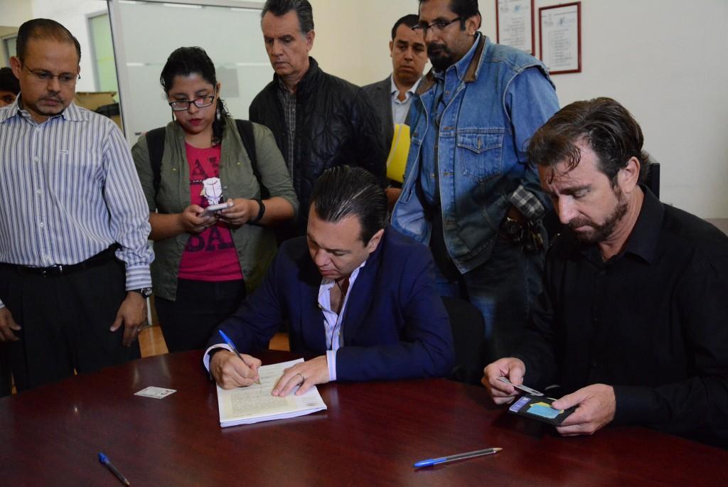 Ratificación de denuncia de juicio político contra el Magistrado Alberto Barba