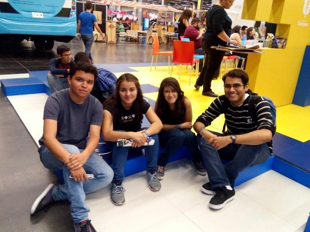 Emiliano, Grecia López, Mayra Vázquez y  Alberto Ruiz