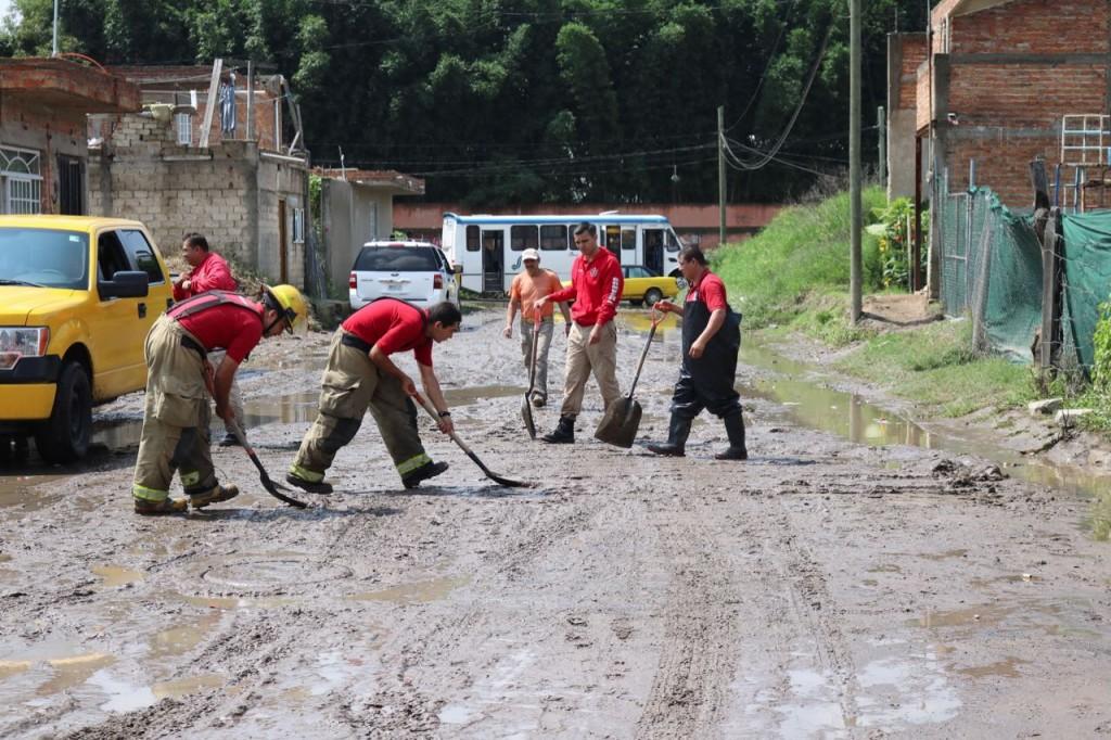 Atiende Gobierno Municipal inundación de 170 viviendas en zona noreste de Zapopan