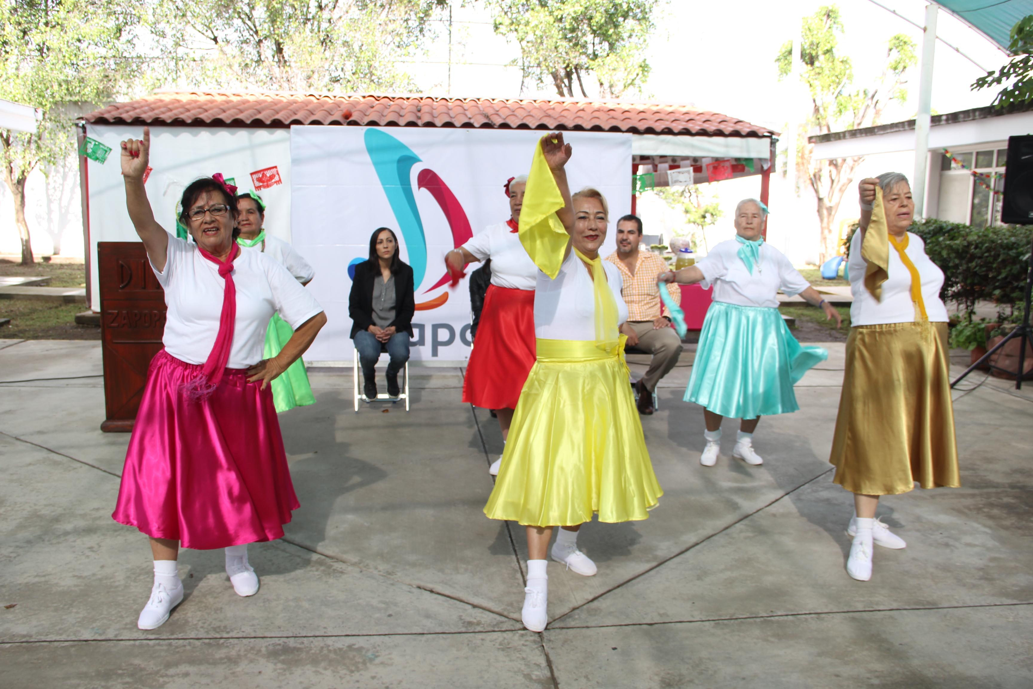 Reinaugura DIF Zapopan Centro de Desarrollo Comunitario Arenales Tapatíos y brinda nuevos servicios