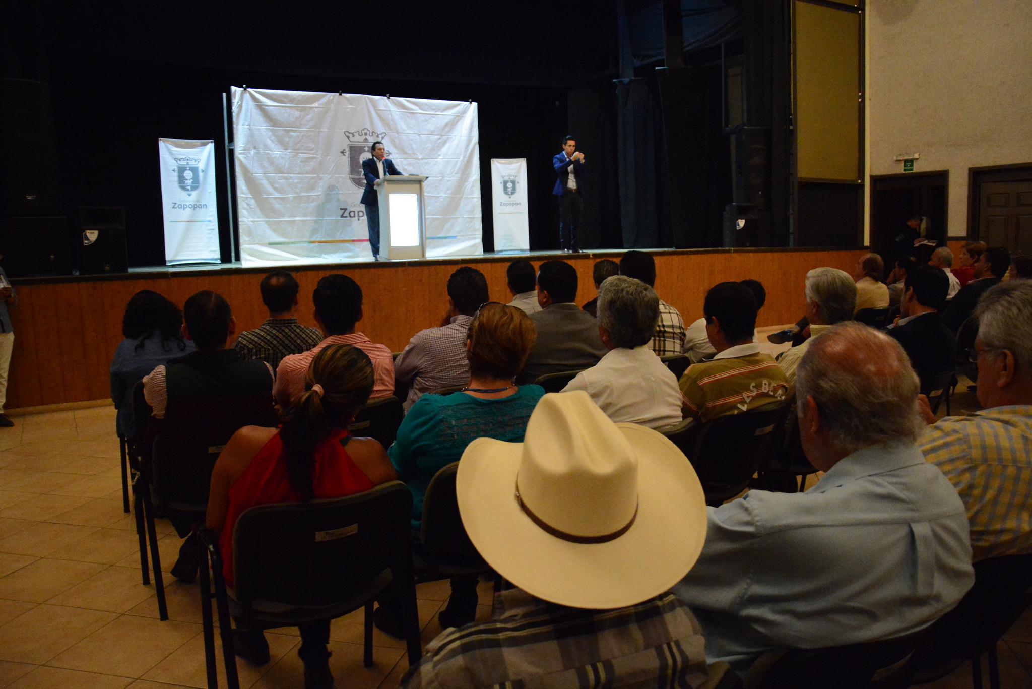 Pablo Lemus presenta el Primer Informe de Gobierno de Zapopan en Valle Real