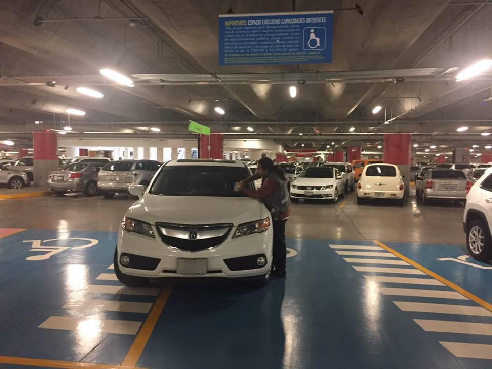 Aplica Dirección de Movilidad y Transporte de Zapopan un operativo en centros comerciales por el Buen Fin