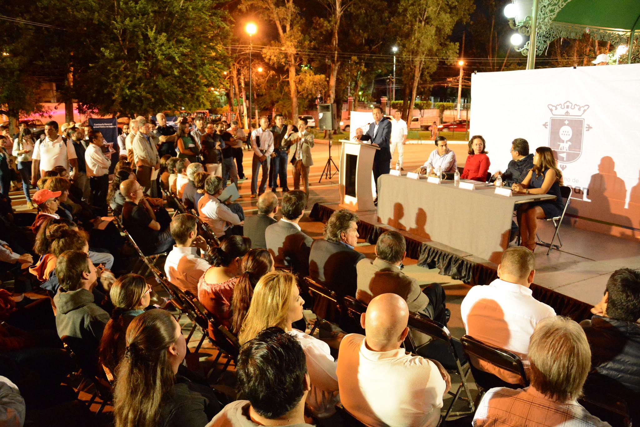 Pablo Lemus presenta el Primer Informe de Gobierno de Zapopan en Ciudad Granja