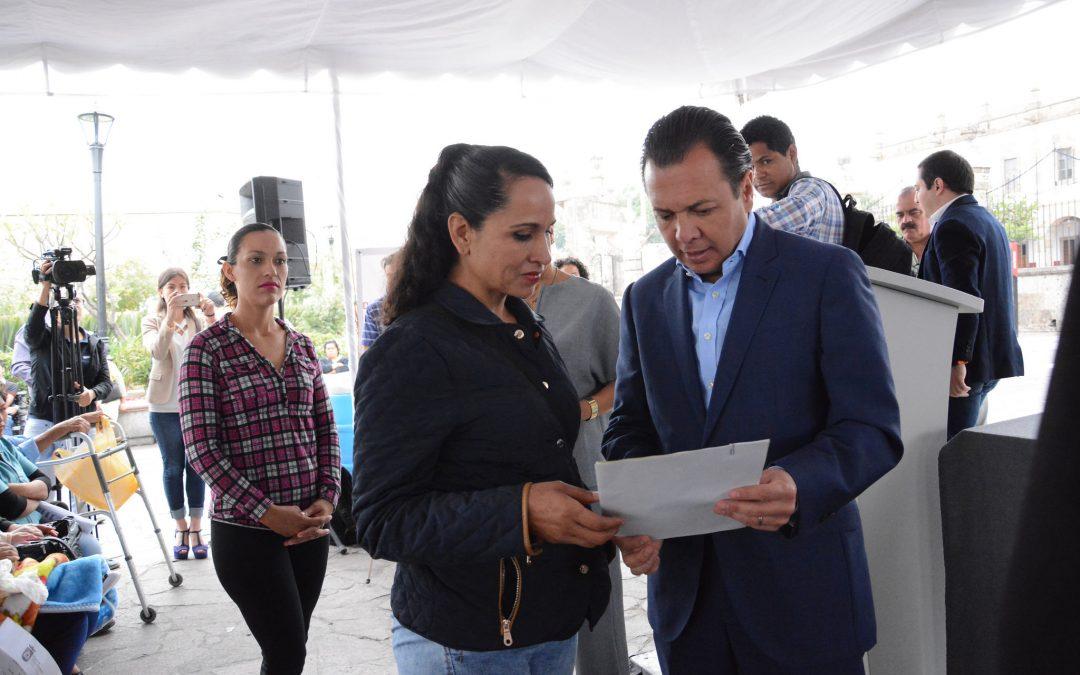 Zapopan entrega apoyos para mejoras de viviendas dentro de la estrategia para combatir la desigualdad