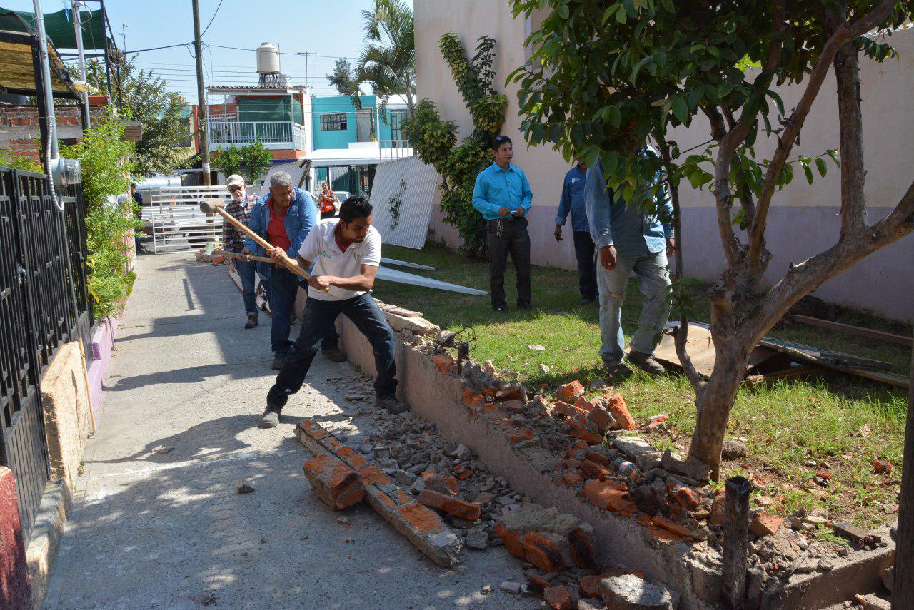 Inicia Zapopan operativo para recuperar espacios públicos invadidos por ciudadanos