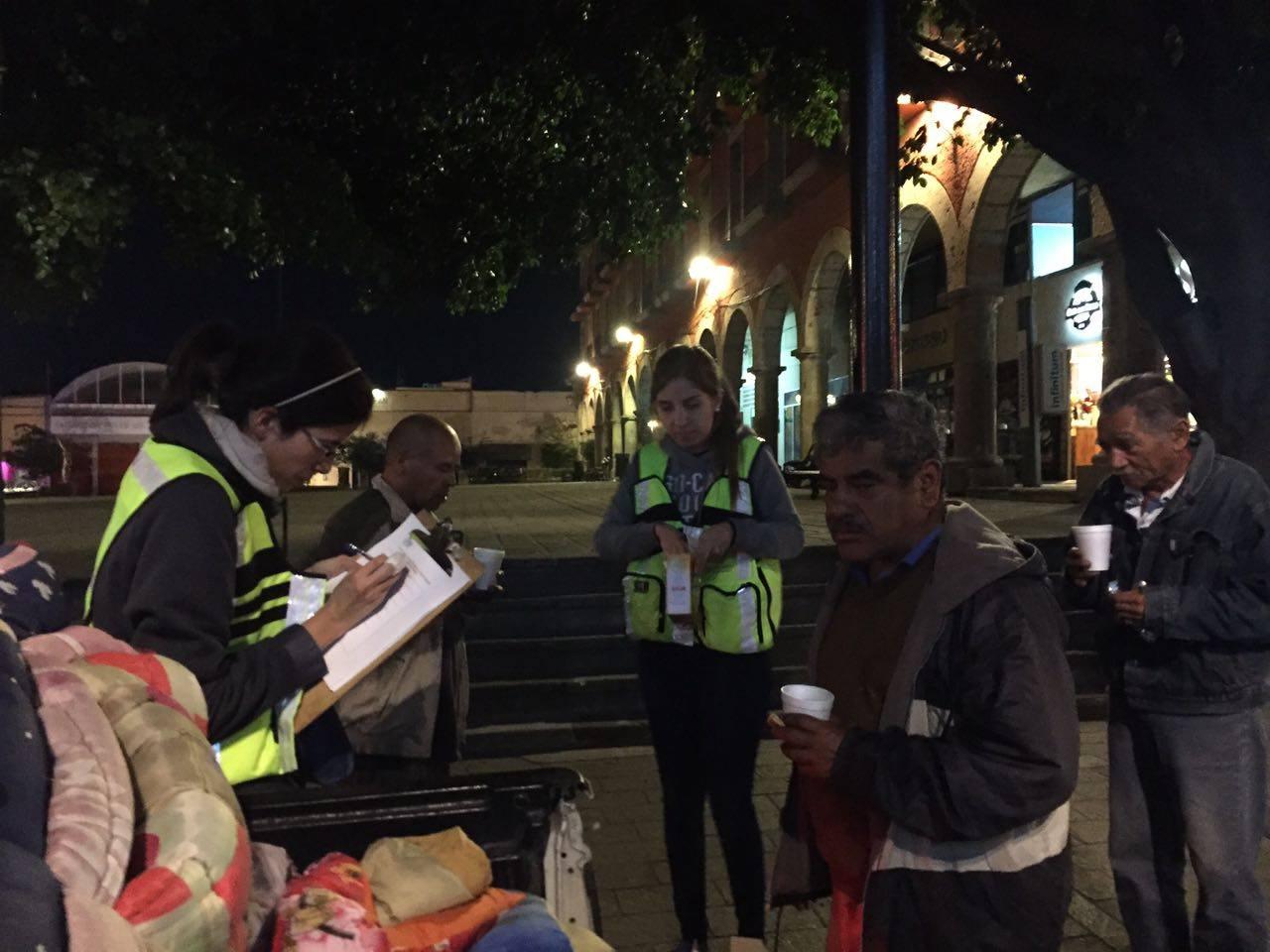 DIF Zapopan intensifica Operativo Invernal; invita a la ciudadanía a donar prendas de abrigo