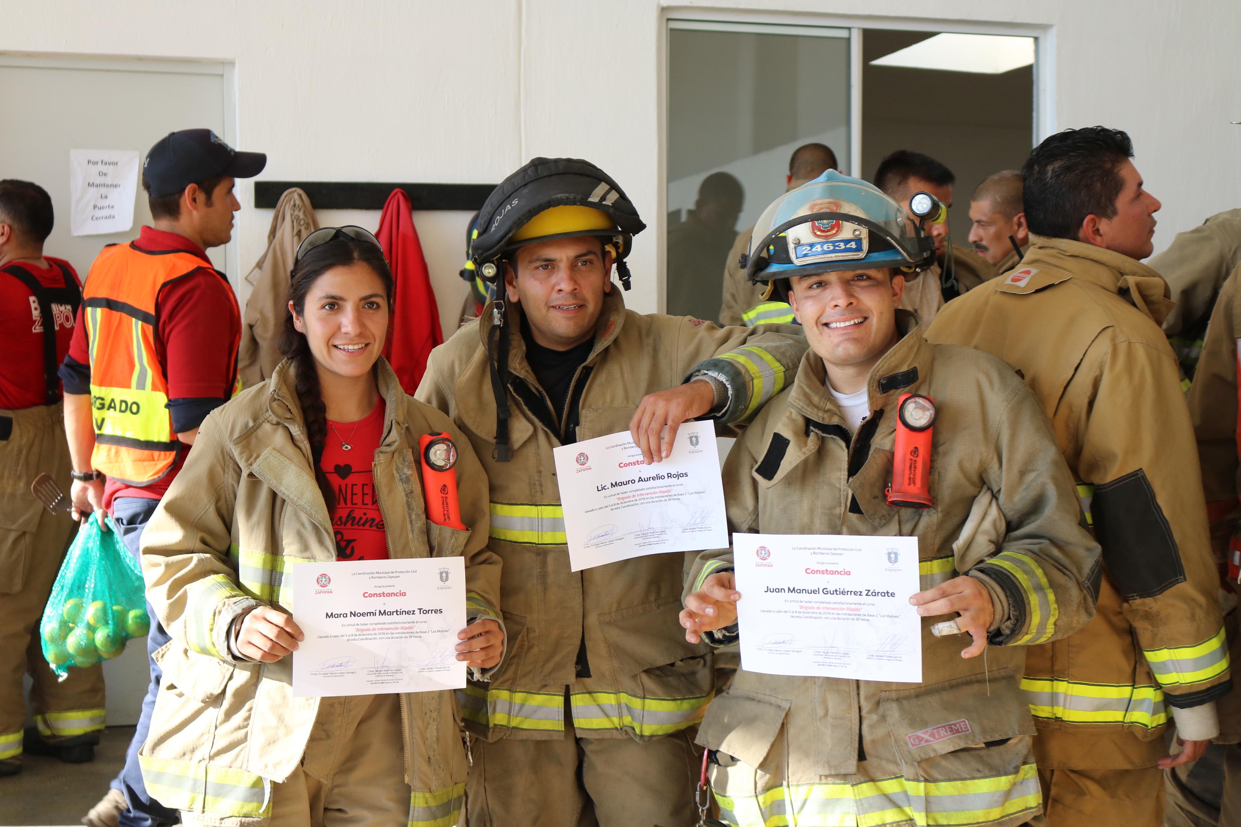 Concluye en Zapopan instrucción para bomberos en Brigadas de Intervención Rápida