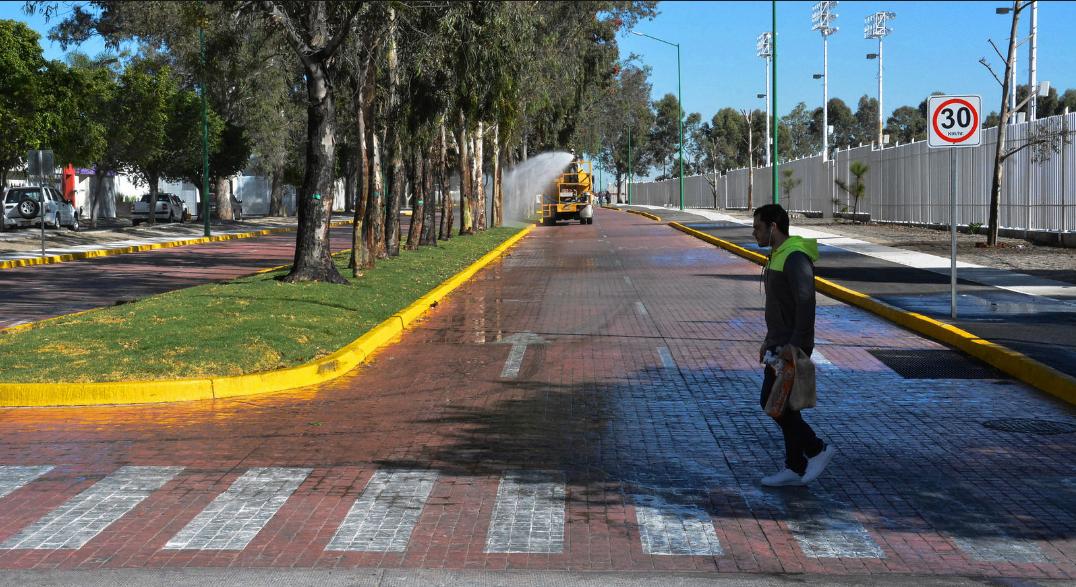 Nueva calle por el Parque Metropolitano