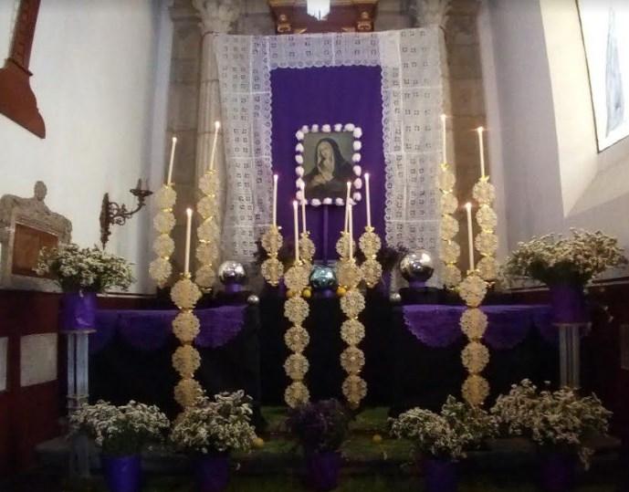 Zapopan presenta Altar de Dolores en la Parroquia de San Pedro Apóstol
