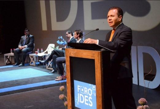 Pablo Lemus participa en la inauguración de la Octava Edición de Foro IDES, espacio dirigido a jóvenes innovadores