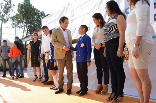 Concluye Zapopan intervención en la Primaria José María Morelos y Pavón con el programa 'Escuelas con Estrella'