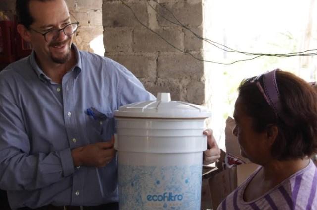 Inicia DIF Zapopan programa piloto con ecofiltros para agua