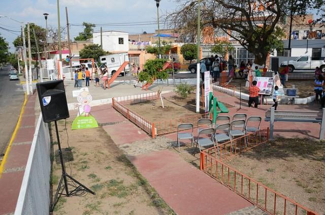 Entrega Zapopan Parque de Bolsillo en la colonia El Vigía para crear comunidad