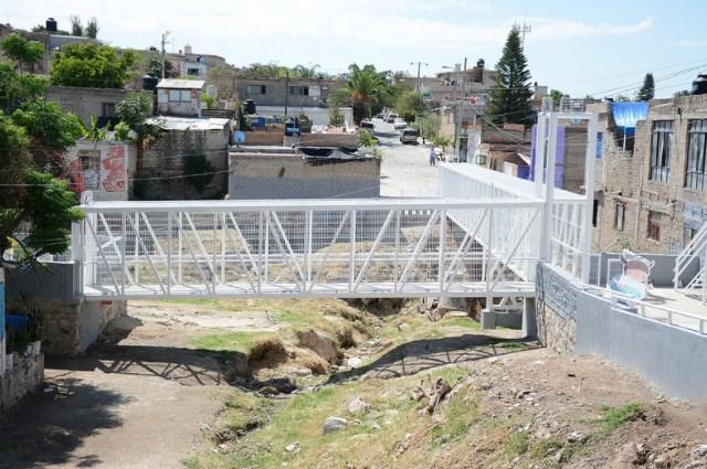 Zapopan entrega puente peatonal en Las Cabañitas y crea paso seguro ante el temporal de lluvias