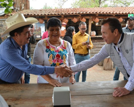 Amplía Zapopan entrega de Apoyo a la Productividad Rural 2017 e integra a porcicultores