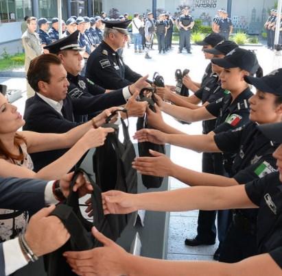 Entrega Zapopan chalecos balísticos a elementos de la Comisaría General de Seguridad Pública