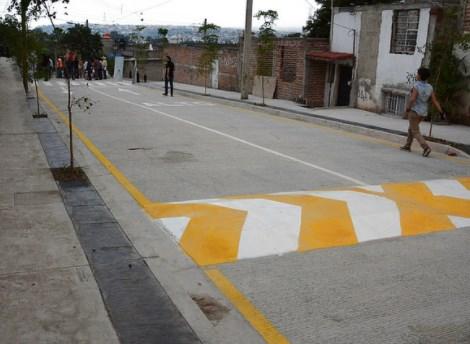 Entrega Zapopan primera etapa de pavimentación de la calle Manzanos, en la colonia Agua Fría