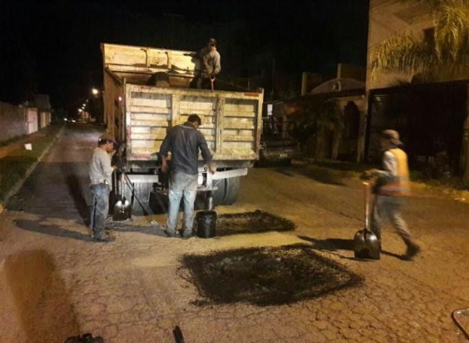 Cuadrillas de bacheo continúan trabajando para tener mejores calles