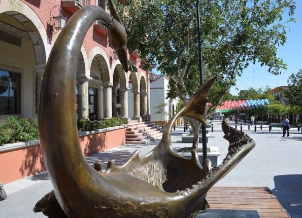 Llega a Zapopan nueva escultura que se suma a la galería urbana interactiva