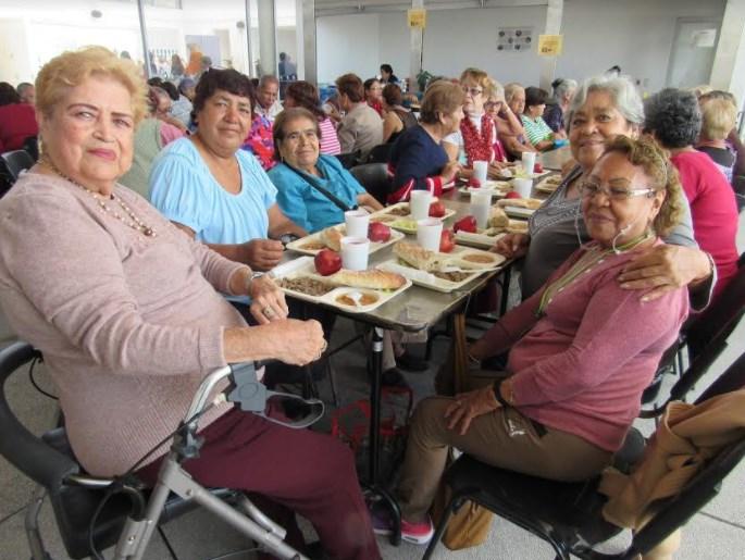 DIF Zapopan promueve sana alimentación y convivencia a través de comedor para adultos mayores