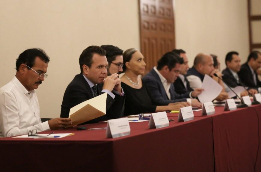 Pablo Lemus asiste a la presentación del nuevo titular de la Junta de Coordinación Metropolitana