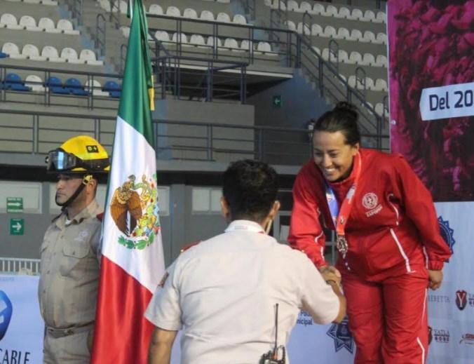 Conquista nadadora de Protección Civil y Bomberos Zapopan 8 medallas en V Juegos Latinoamericanos