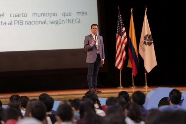 Pablo Lemus participa en el Congreso Estudiantil de la Escuela de Negocios ITESO (CEENI)