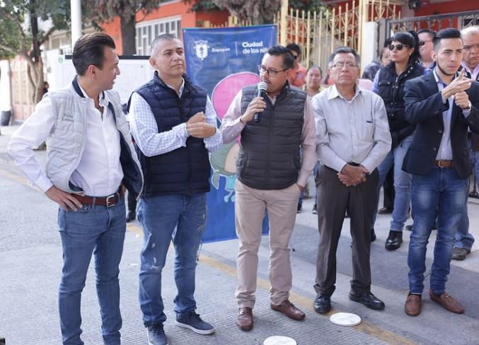 Entrega Zapopan más de dos kilómetros de vialidades pavimentadas en la colonia Parques del Auditorio