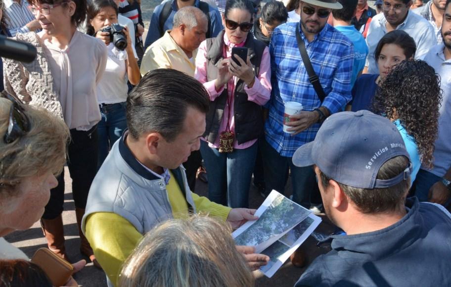 'Enchúlate Zapopan' brinda solución inmediata a vecinos de Las Fuentes