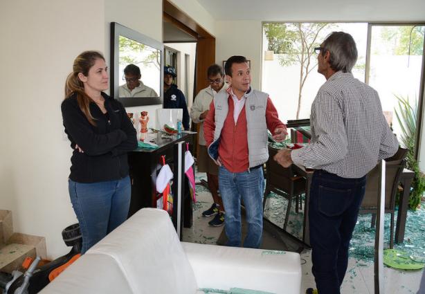 Brinda Zapopan apoyo a familias afectadas por explosión en el Fraccionamiento Solares