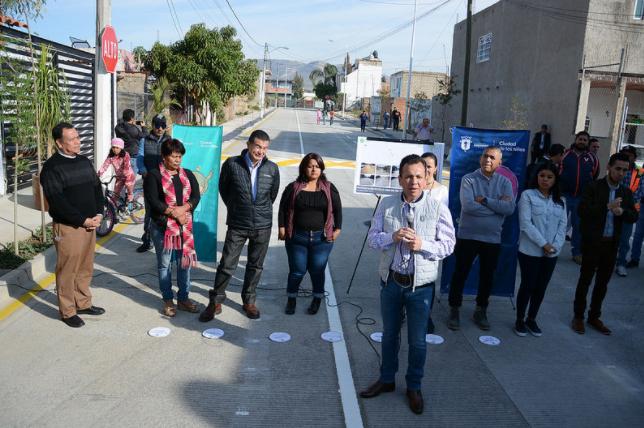 Entrega Zapopan pavimentación de vialidades con concreto hidráulico en Santa Lucía