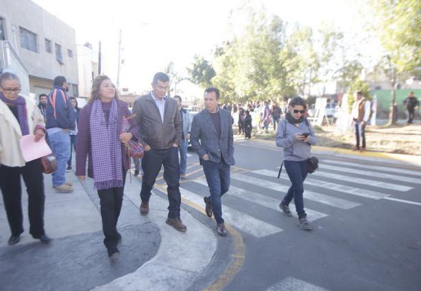 Fortalece Zapopan infraestructura social para dignificar la calidad de vida en la colonia Jardines del Valle