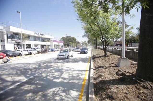 Apertura Zapopan lateral norte de avenida Ignacio L. Vallarta e intervención en la entrada de Santa María del Pueblito