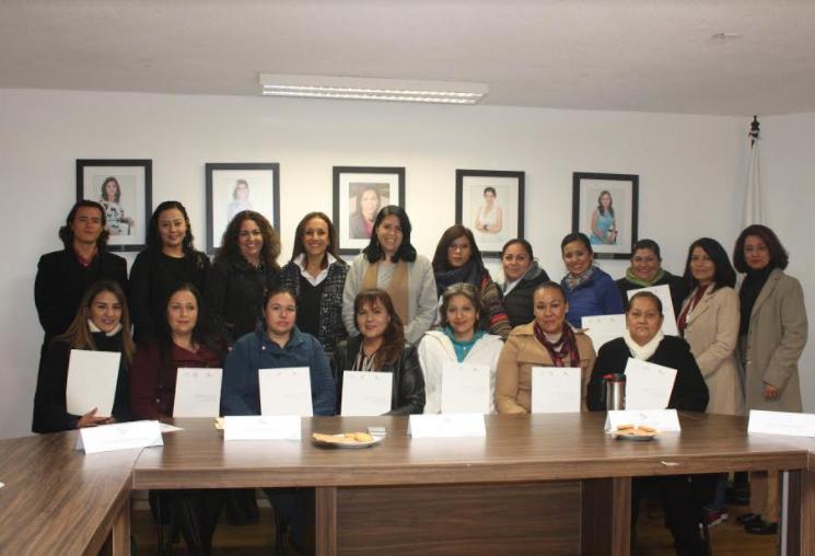 DIF Zapopan entrega certificación EC0435 a personal de Centros de Desarrollo Infantil