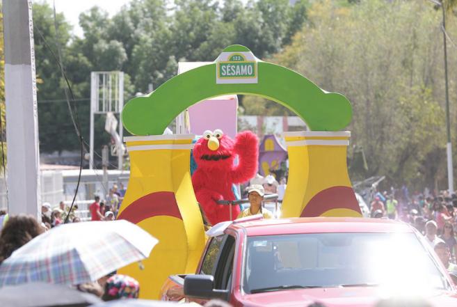 Con gran éxito se realiza desfile en Vía RecreActiva Zapopan