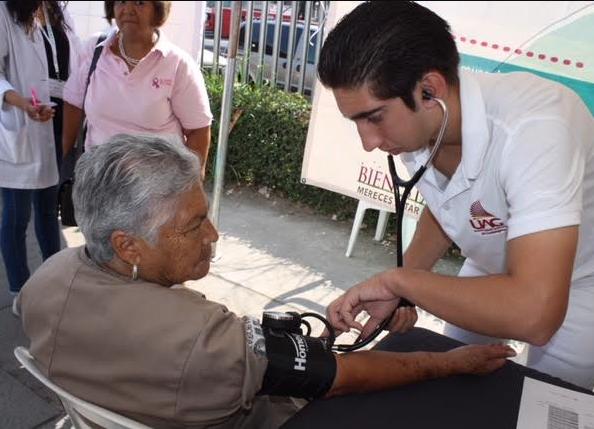 Realiza Zapopan Feria de Salud en el Día Internacional de las Familias