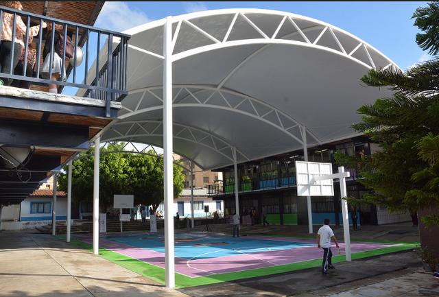 Presenta Zapopan instalación de lonaria y rehabilitación de entorno de la primaria Ramón López Velarde