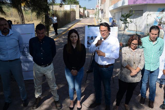 Presenta Zapopan pavimentación adoquín de calle Camino a las Misiones del Norte en la colonia Rancho Centinela