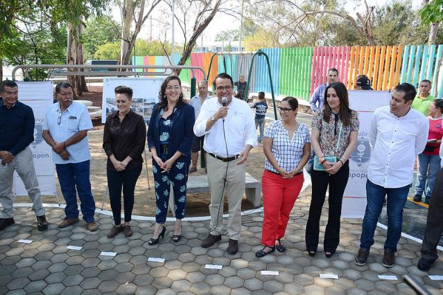 Supervisa Zapopan construcción de parque infantil en la colonia Jardines de Nuevo México