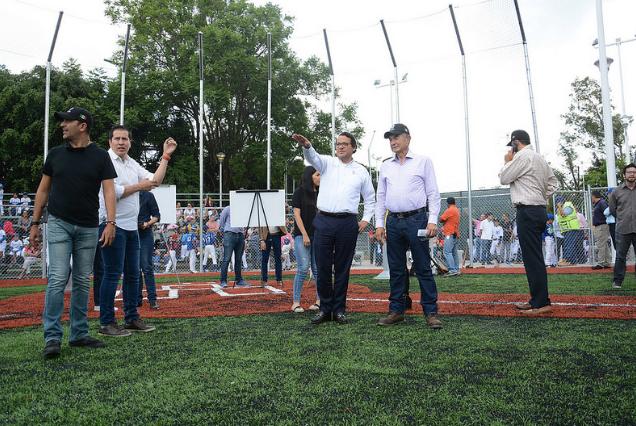 Supervisa Zapopan rehabilitación de la Unidad Deportiva Paseos del Sol