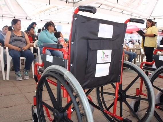 Arranca DIF Zapopan campaña de entrega de aparatos gratuitos para niños y adolescentes