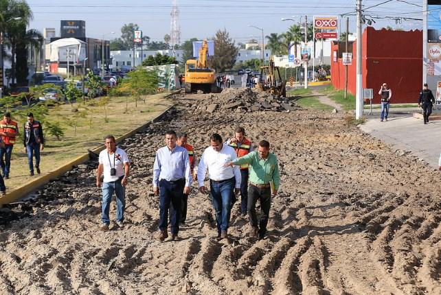 Inicia Zapopan, Ciudad de los Niños, pavimentación en concreto hidráulico de la avenida Tchaikovsky