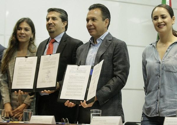 Firma Zapopan convenio con CUCEA para impulsar el talento joven en favor de la ciudad