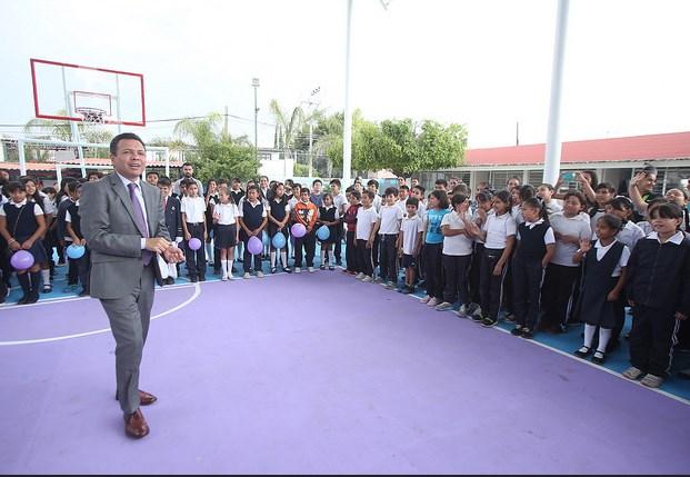 """Lleva Zapopan programa """"Escuelas con Estrella"""" a la primaria Ricardo Flores Magón en Miramar"""