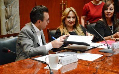 Firma Zapopan convenio de colaboración con Proyecta Mujer