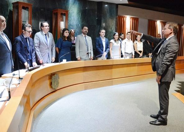 Avala Pleno del Ayuntamiento asignación de comisiones edilicias, colegiadas y permanentes