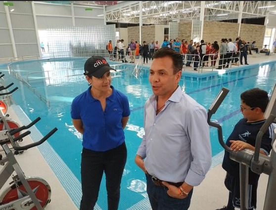 Inaugura Zapopan primera alberca pública municipal para pacientes con fibrosis muscular y discapacidad física
