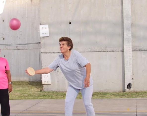 Inicia DIF Zapopan entrenamiento de pelota tarasca para adultos mayores