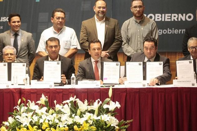 Suscribe Pablo Lemus Declaratoria de Gobierno Abierto Jalisco 2019– 2020